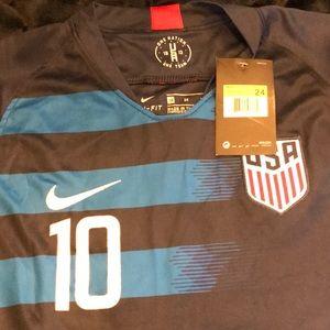 Men's size 24 Nike Pulisic USA soccer jersey